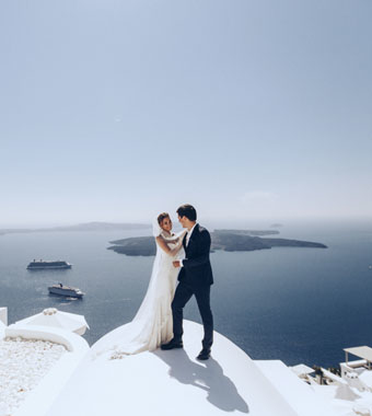 greece-santorini-thermes-wedding-package-with-guests
